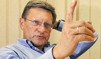 """Порошенко пригласил отца польской """"шоковой терапии"""" Бальцеровича помочь провести реформы в Украине"""