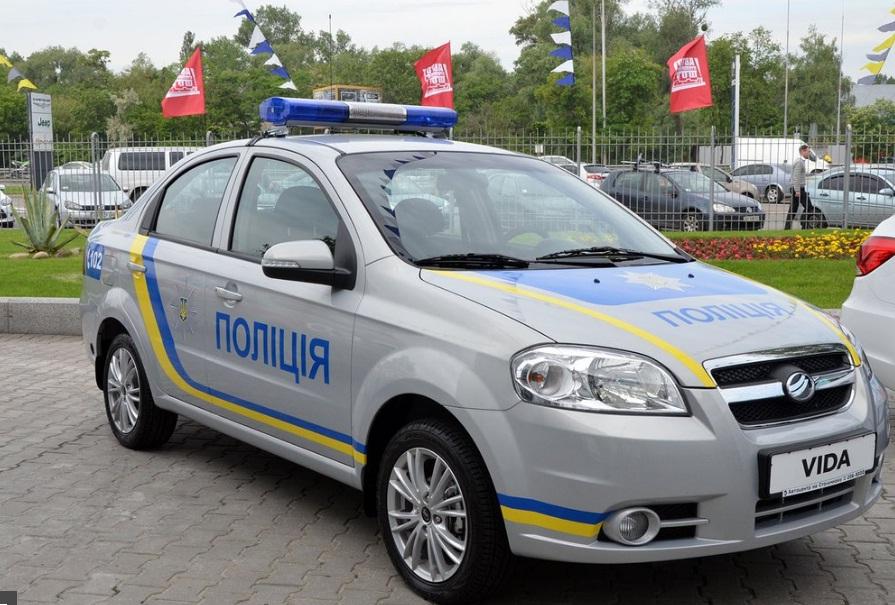 Полицейских пересадят на российские авто— «Запорожцы» вместо Prius