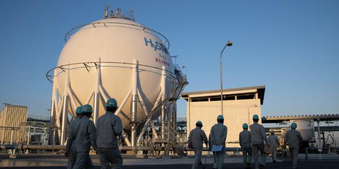 Резервуар для зберігання водню в японському порту Кобе