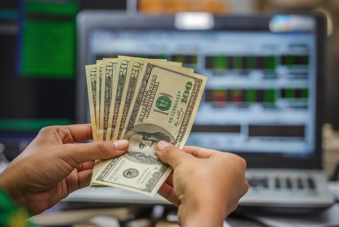 Ставки по вкладам в банках в апреле 2019 года резко упали
