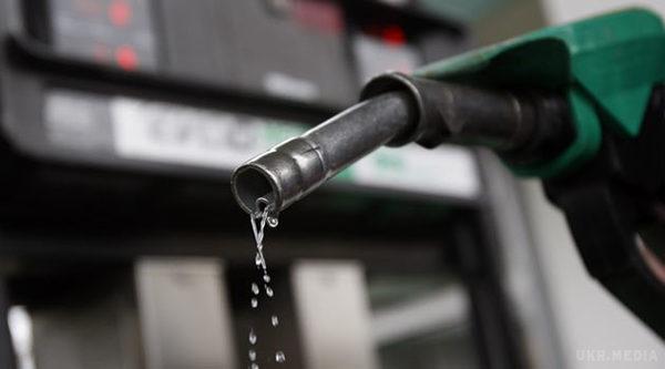 Ціни на бензин і дизпаливо знову знизилися на 15-50 копійок