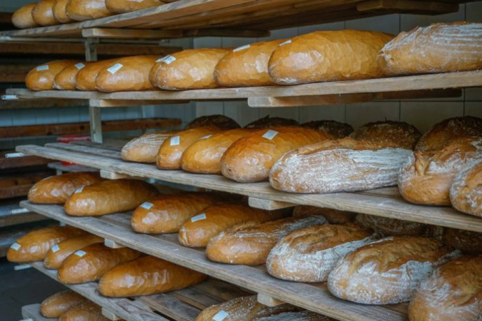 196f767 bread 2432092 1920 696x464 - Производители хлеба фиксируют рост цен и просят ввести запрет на экспорт