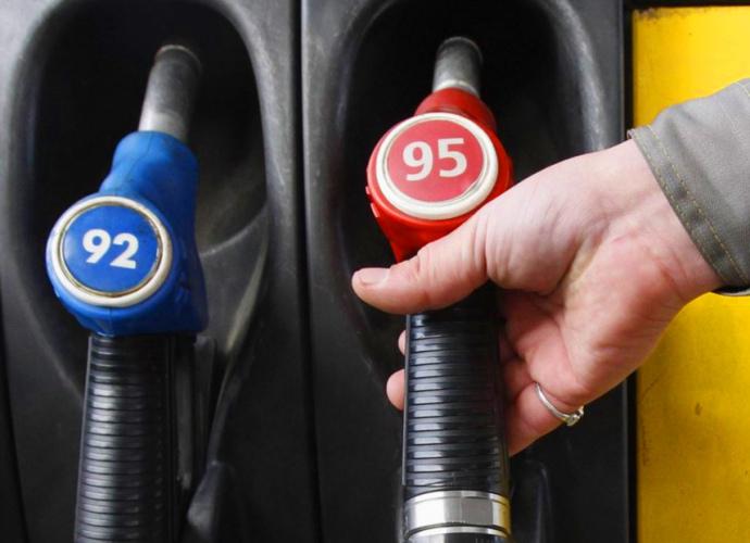 Ціни на бензин і дизпальне зросли на одну гривню