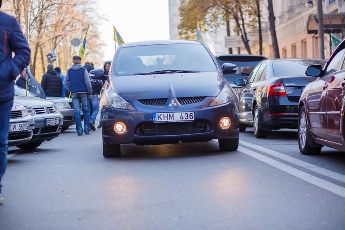ВУкраинском государстве практически 264 тыс. «евроблях» нарушили таможенные сроки транзита,— ГФС