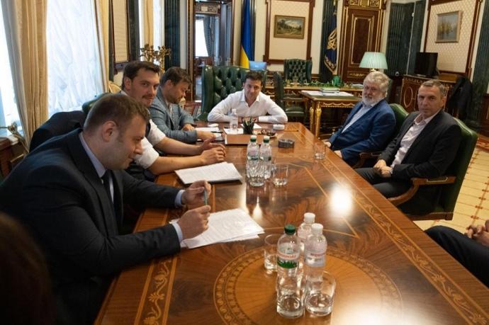 У вересні олігарх Ігор Коломойський зустрічався з президентом Володимиром Зеленським на Банковій.