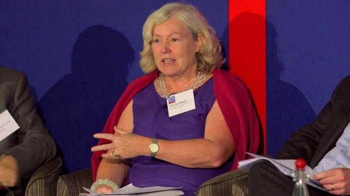 Клер Споттісвуд, голова наглядової ради Нафтогазу. До призначення членом наглядової ради Нафтогазу очолювала компанію «Gas Strategies», в якій продовжує займати посаду директора.
