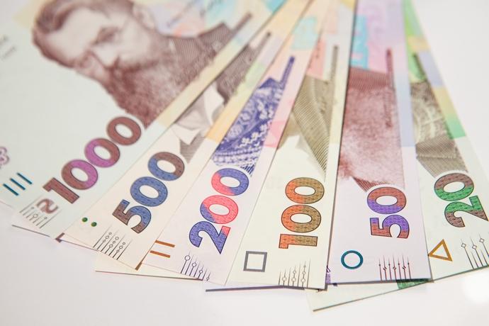 Kurs Valyut Na 15 Maya Mezhbank Chernyj I Nalichnyj Rynki Ekonomicheskaya Pravda