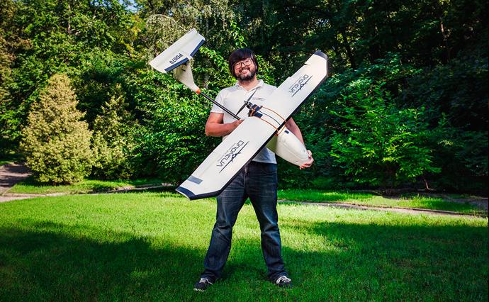 Компанія DroneUA збирає цивільні безпілотники