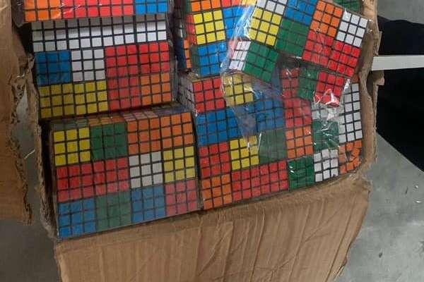 На одесской таможне изъяли 8 тысяч кубиков Рубика