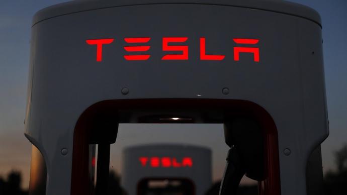 Компанію Tesla затиждень покинули вже три топ-менеджера