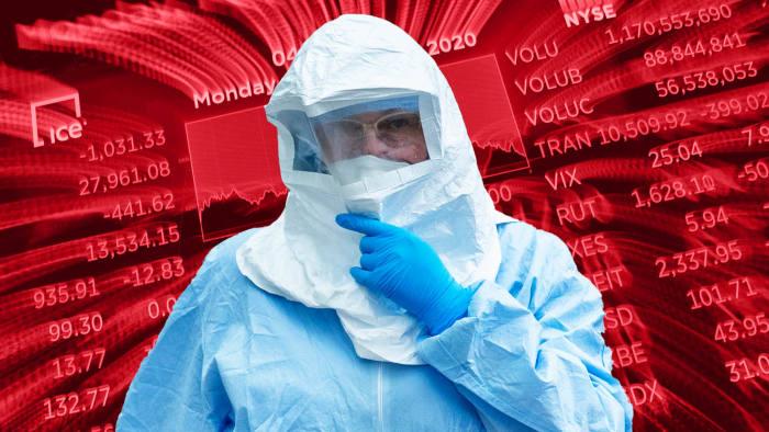 """Экономист, предсказавший кризис 2008 года, о последствиях коронавируса: """"Худшее впереди"""""""