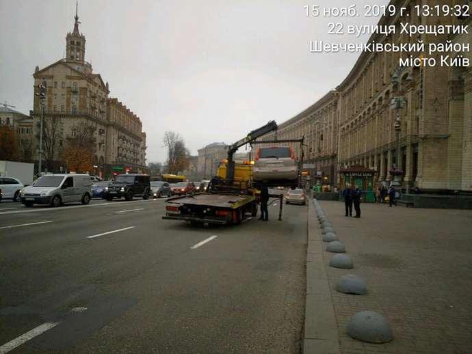 Інспектори з паркування почали самостійно евакуювати автомобілі — КМДА