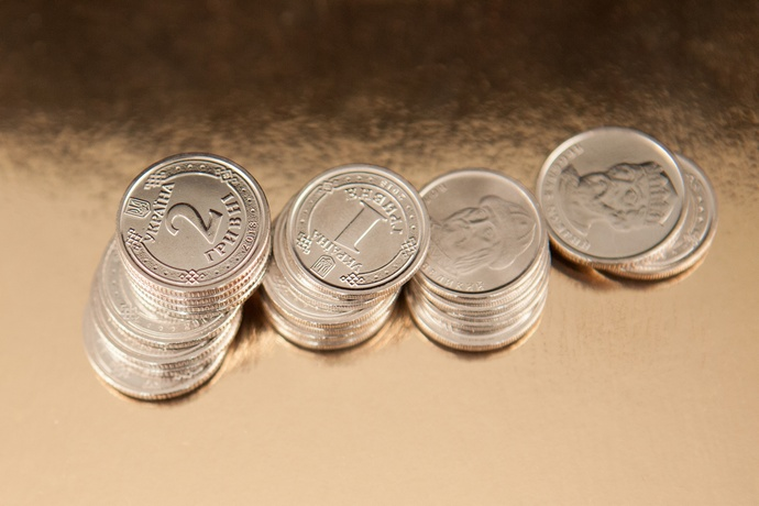 Центробанк поведал, каким будет курс доллара иевро 3апреля