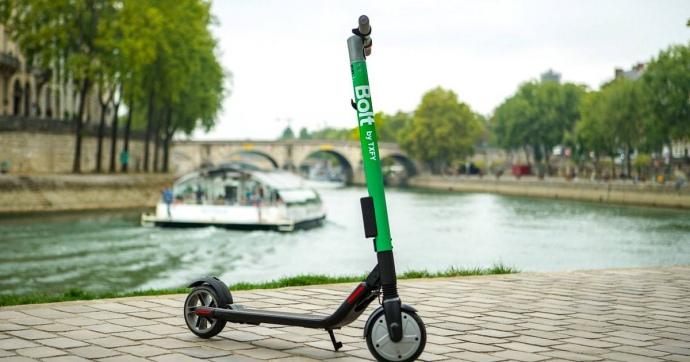Bolt в Париже