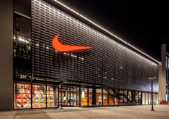 Nike судиться з українською компанією через китайські підробки ... 72b69cd27b753