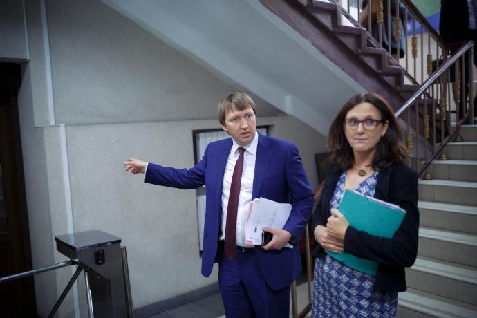 З Єврокомісаром з питань торгівлі Сесілією Мальмстрьом. Жовтень 2016.