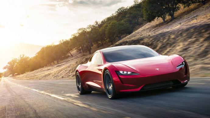 Tesla презентувала першу вантажівку Semi: з'явилися фото новинки