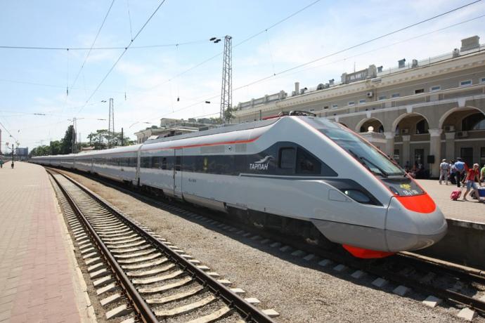 «Укрзалізниця» протестувала новий швидкісний поїзд намаршруті Львів-Ужгород