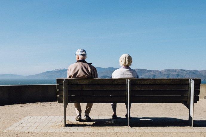 Запровадження накопичувальної пенсійної системи перенесли на рік