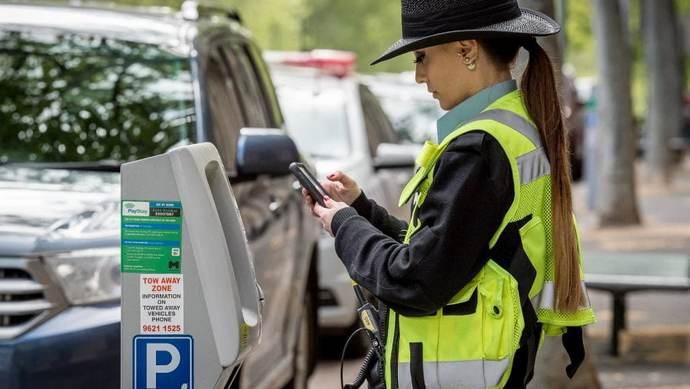 """Марцінків хоче, щоб інспектори з паркування могли дати """"тягла"""""""