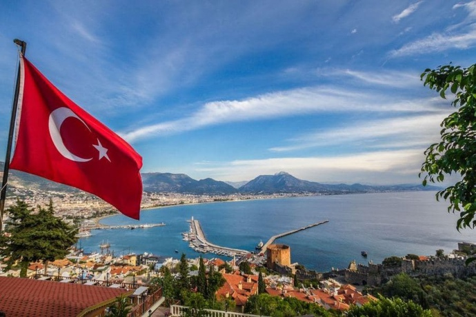 """Туреччина планує відкрити внутрішній туризм: без """"шведського столу ..."""