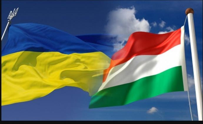 Украина и Венгрия обсудили либерализацию автоперевозок и ...
