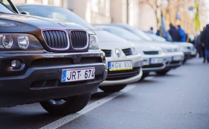 """На Прикарпатті не оштрафували жодного водія """"євроблях"""" за перевищення терміну перебування"""